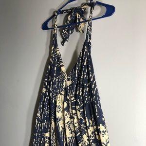 Torrid halter summer dress! Size 1